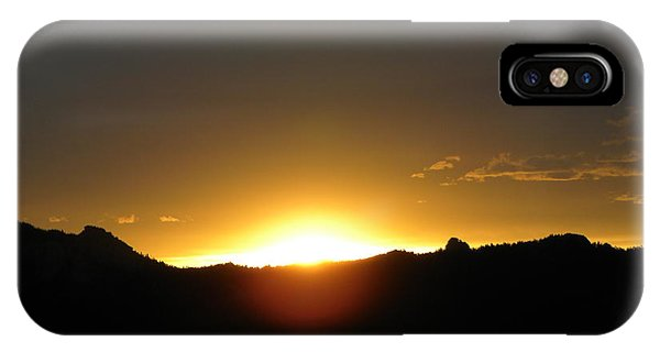 Sunrise West Side Of Rmnp Co IPhone Case