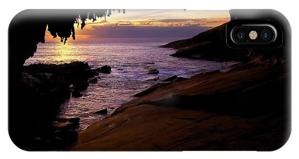 Kangaroo iPhone Case - Admiral's  Arch Sunset by Mike Dawson