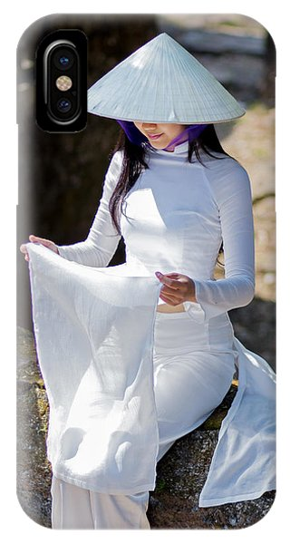 Ao Dai Viet Nam IPhone Case