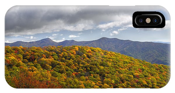 Blue Ridge Mountains In Autumn Color Phone Case by Darrell Young