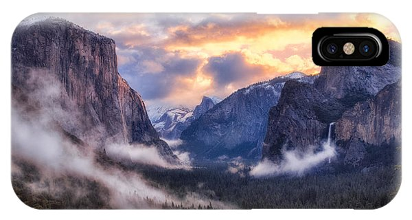 Daybreak Over Yosemite IPhone Case