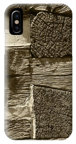 Dovetail Log Structure IPhone Case
