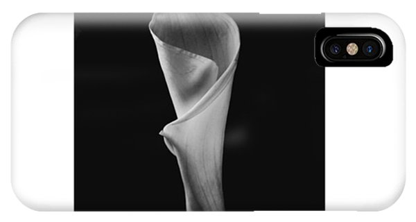 Petals iPhone Case - #flowers #flower #petal #petals #nature by David Haskett II