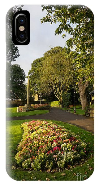 Market iPhone Case - Friary Gardens, Richmond by Smart Aviation
