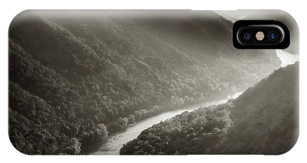 iPhone Case - Grandview In Black And White by Thomas R Fletcher