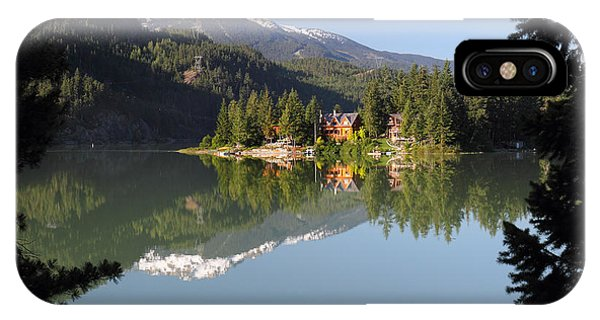 House On Green Lake Whistler B.c Canada Phone Case by Pierre Leclerc Photography