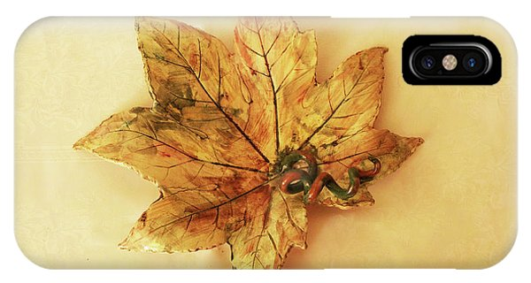 Leaf Plate1 IPhone Case