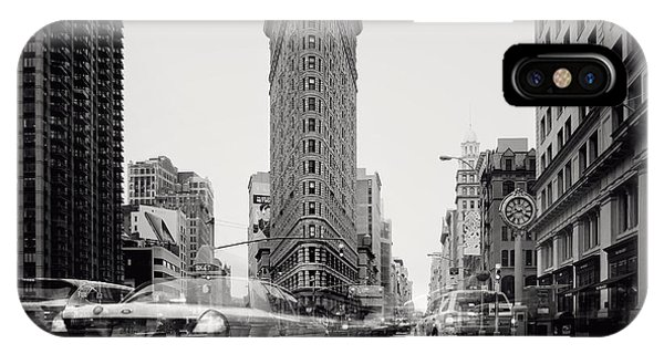 New York City Taxi iPhone Case - Nyc Flat Iron by Nina Papiorek