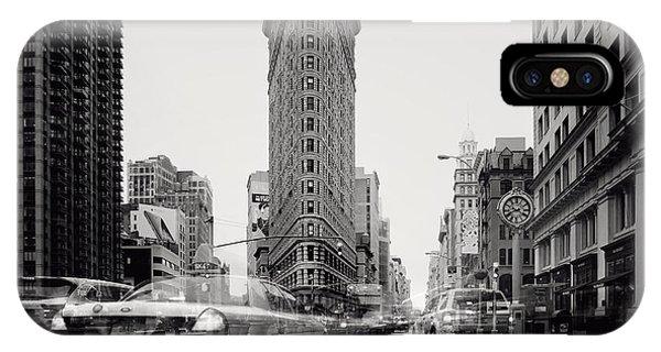 Monument iPhone Case - Nyc Flat Iron by Nina Papiorek