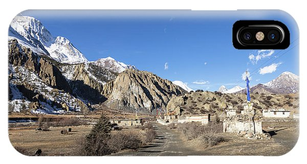 On The Annapurna Circuit Trekking Near Manang In Nepal IPhone Case