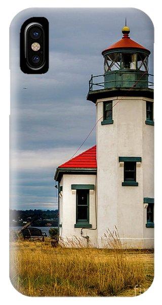 Point Robinson  Lighthouse,vashon Island.wa IPhone Case