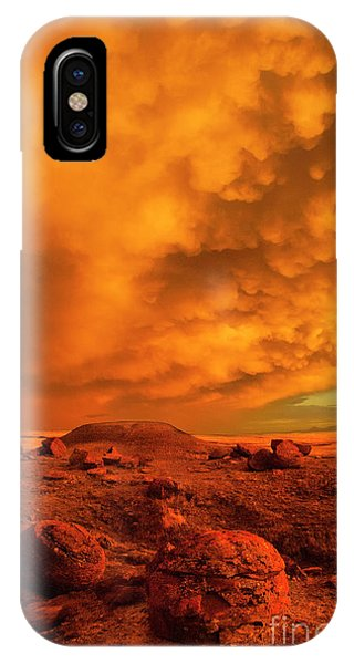 Red Rock Coulee Sunset 2 IPhone Case