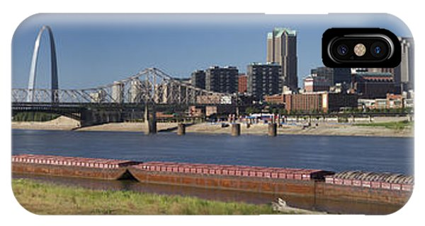 Gateway Arch iPhone Case - St Louis Skyline   by Garry McMichael