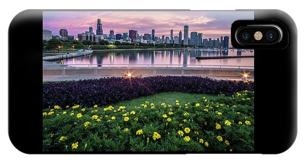 summer flowers and Chicago skyline IPhone Case