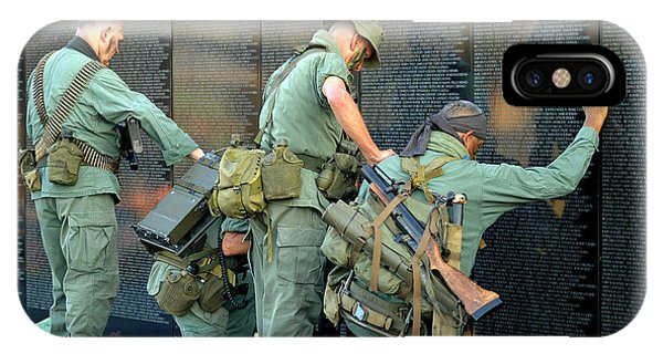 Veterans At Vietnam Wall IPhone Case