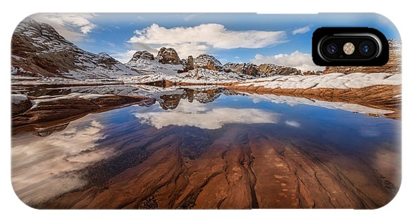 White Mountains iPhone Case - White Pocket Northern Arizona by Larry Marshall