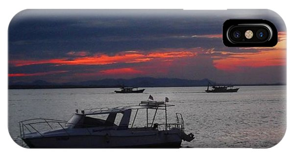 #10yearsoftravel Another Amazing Sunset Phone Case by Dante Harker