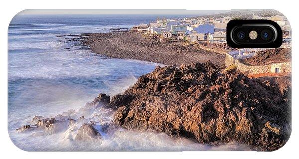 Canary iPhone Case - El Golfo - Lanzarote by Joana Kruse