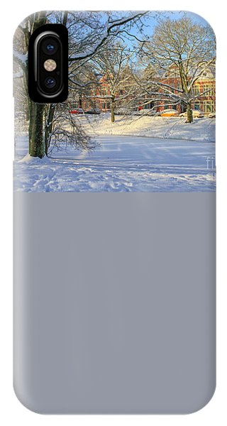 Beautiful Park In Winter With Snow IPhone Case