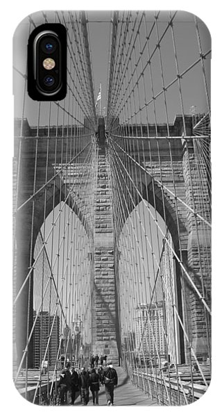 Sex And The City iPhone Case - Brooklyn Bridge by Habib Ayat
