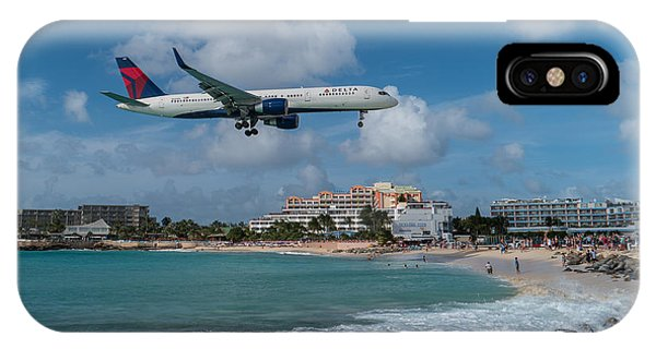 Delta Air Lines Landing At St. Maarten IPhone Case