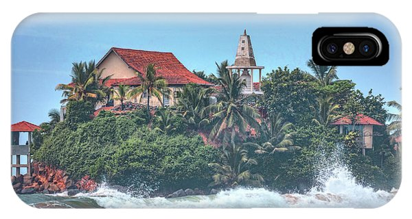 Tropes iPhone Case - Matara - Sri Lanka by Joana Kruse