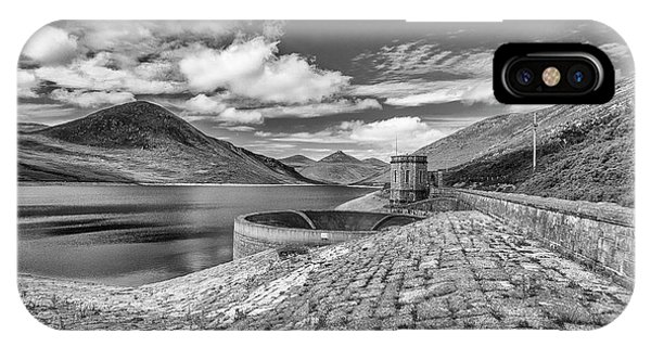 Silent Valley IPhone Case
