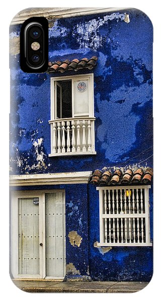 Colombia iPhone Case - Colonial Buildings In Old Cartagena Colombia by David Smith