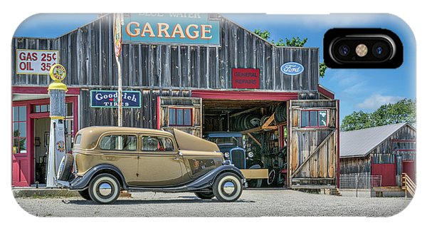 '34 Ford Sedan At Blue Water Garage IPhone Case
