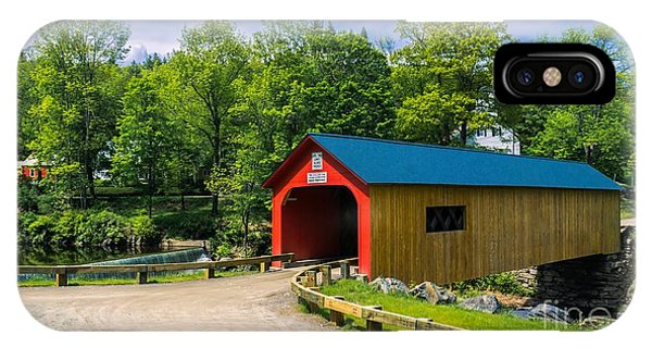 Green River Covered Bridge. IPhone Case