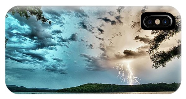 Beautiful Landscape Scenes At Lake Jocassee South Carolina IPhone Case