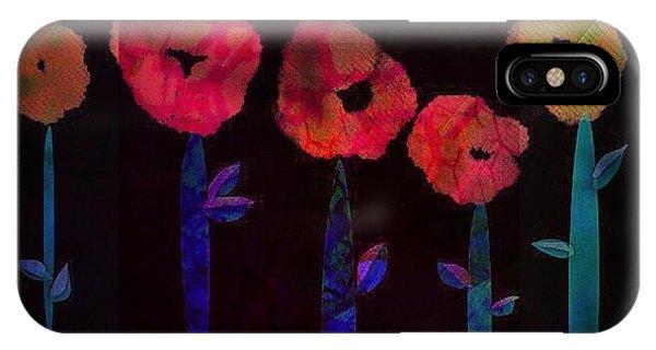 5 Flowers IPhone Case