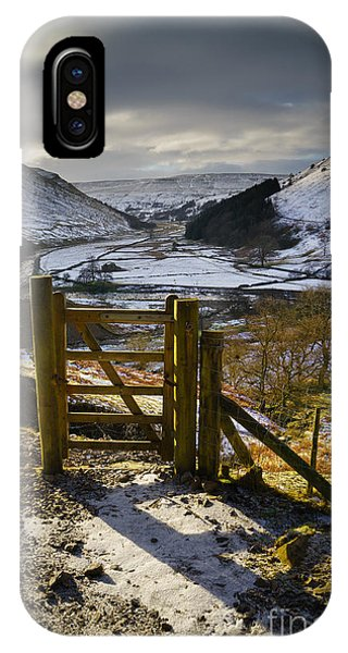 North iPhone Case - Swaledale by Smart Aviation