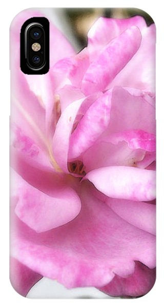 A Rose For Cyndee IPhone Case
