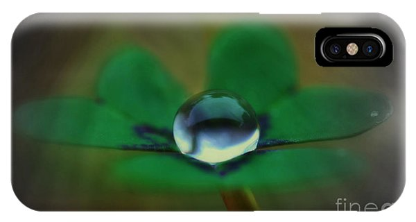 Abstract Clover IPhone Case