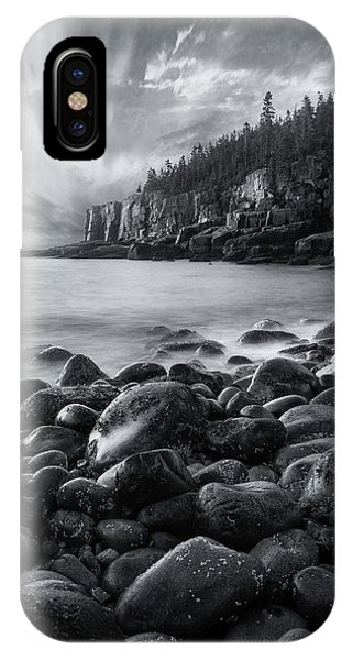 Acadia Radiance - Black And White IPhone Case