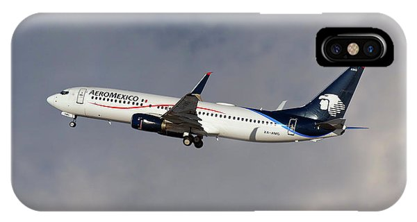 Airline iPhone Case - Aeromexico Boeing 737-81d by Smart Aviation