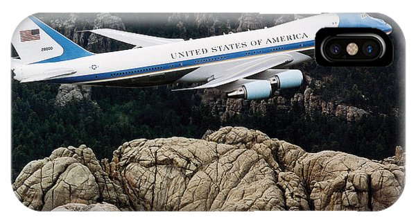 Air Force One Flying Over Mount Rushmore IPhone Case