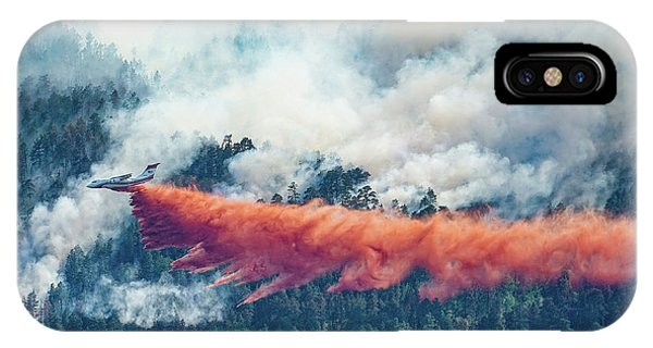 Air Tanker On Crow Peak Fire IPhone Case