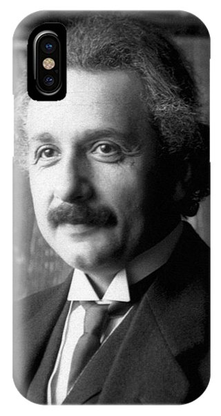 Albert Einstein Nel 1921 IPhone Case