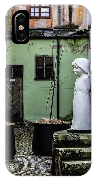 iPhone Case - Angel In Courtyard by Steven Richman