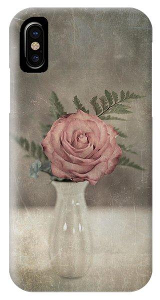 Antiquated Romance IPhone Case