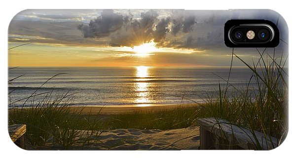 April Sunrise In Nags Head IPhone Case