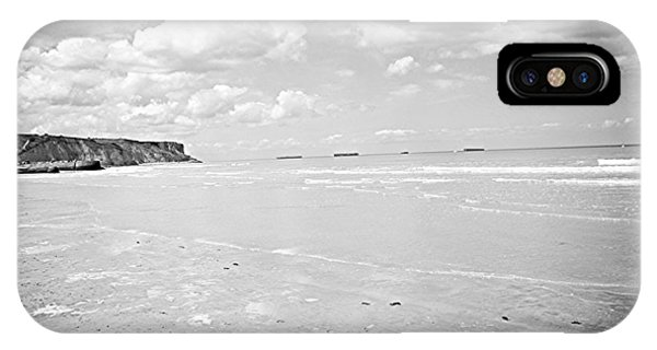 Arromanches-les-bain IPhone Case