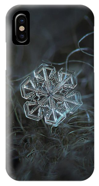 Snowflake Photo - Alcor IPhone Case