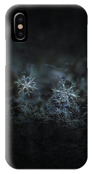 Snowflake Photo - When Winters Meets - 2 IPhone Case