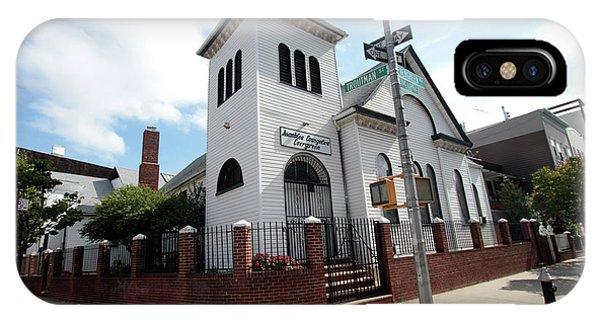 Asamblea Evangelica Evergreen Church IPhone Case
