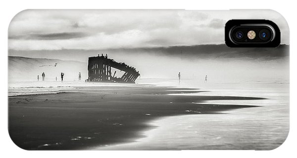 Oregon Sand Dunes iPhone Case - At Peter Iredale Shipwreck Black And White by Eduard Moldoveanu