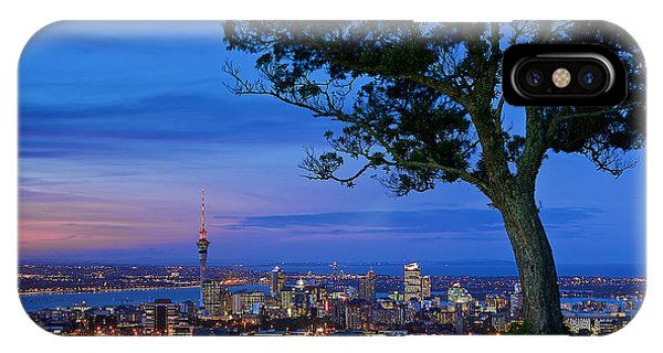 Auckland IPhone Case