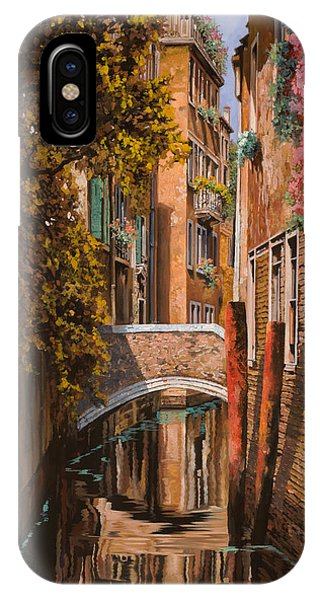 Orange Sunset iPhone Case - autunno a Venezia by Guido Borelli